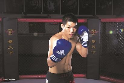 李景亮是国内里量级搏斗高手