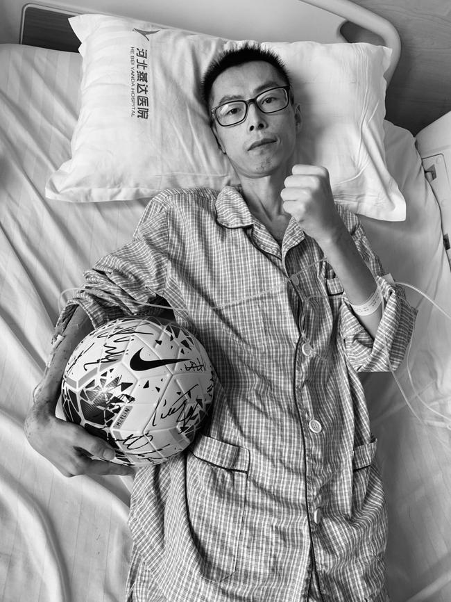 荆永兴曾为很众亲喜欢足球的人带来喜悦。