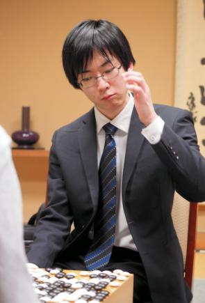 日本棋手芝野虎丸