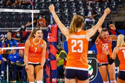 欧锦赛荷兰3-1德国率先晋级8强 布伊吉斯独揽28分