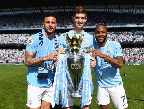 曼城大将:利物浦拿欧冠让我高兴 但英超最重要