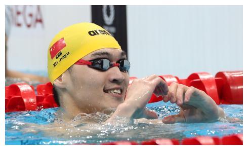 男子100米仰泳半决赛 徐嘉余排名第六进入决赛
