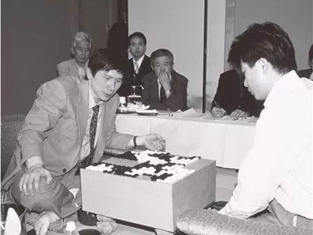 2000年,第55期本因坊战七番棋第6局(图片来自日本棋院)