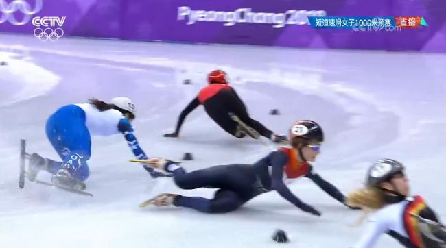 李靳宇重现李坚柔式神奇 克里斯蒂被黄牌罚下