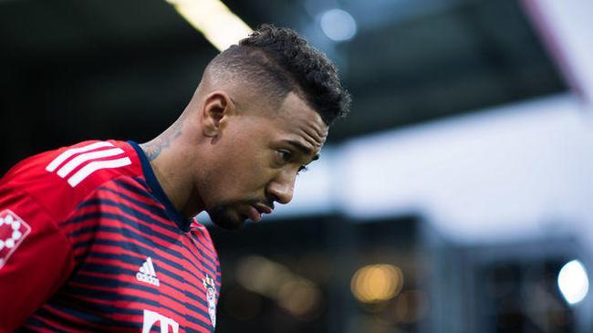 大将:拜仁就缺一个超级球星 赢球有时是靠运气