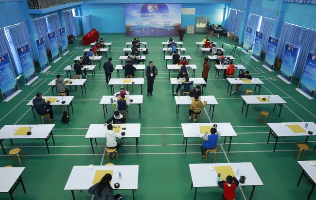 围棋文化内涵挖掘和推广工程深圳站在滨河中学举行