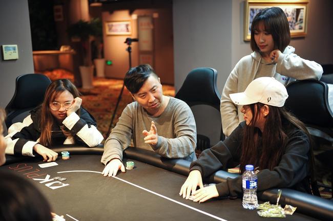 从电竞达人到扑克导师 一位CS高手眼中的扑克
