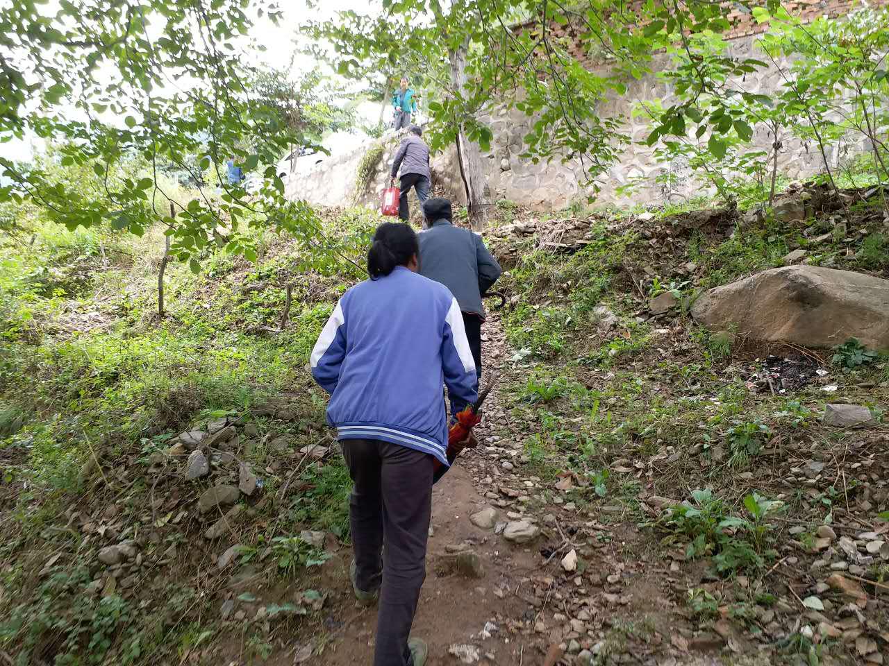 西安职业技术学院驻周至同力村扶贫工作纪实