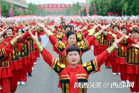 随着全运会的临近,全民健身在陕西如火如荼的开展。