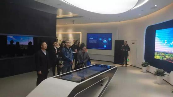 中广国际一行来西咸新区能源金贸区参观考察