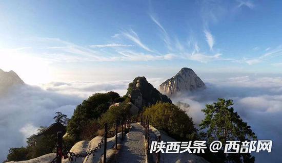 华山景区5月3日接待游客量超过31000人,同期相比增长91%。