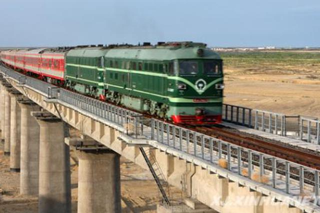 中秋假期最后一天 陕西铁路加开88趟列车