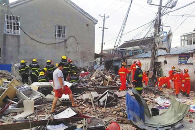 甪直镇一商铺发生一起液化气泄漏爆炸事故