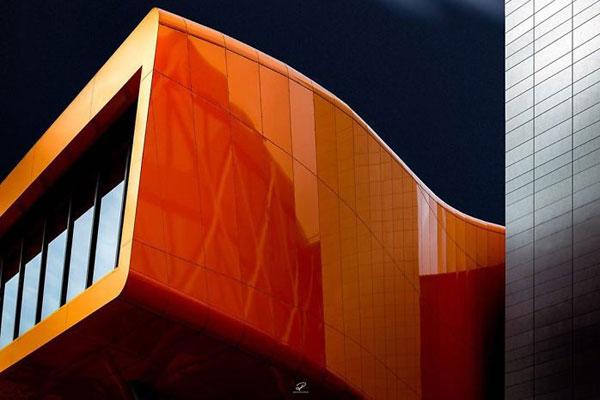 浩大空间与硬派建筑 明度建筑打造极简科?#27599;?#38388;