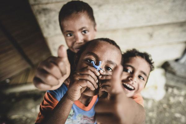 20张最真诚的画面 向你描绘简单的童趣快乐