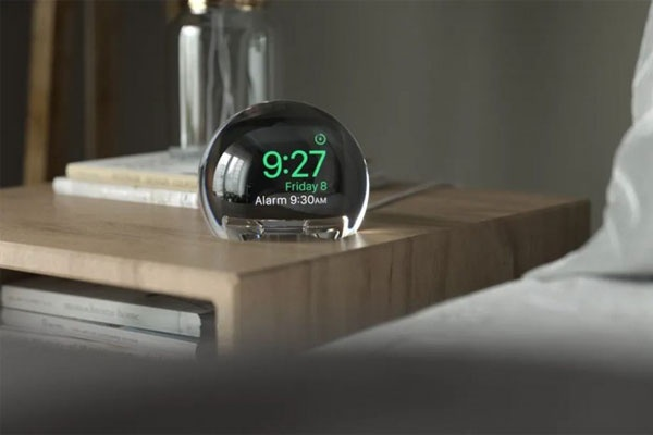 NightWatch底座:将Apple Watch变成床头闹钟
