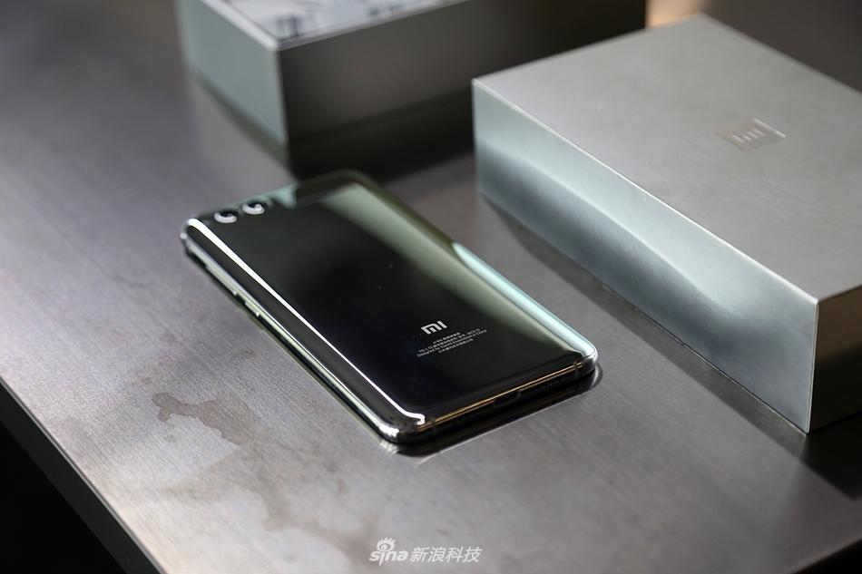 亮银版小米6评测:为什么会比索尼XZP的镜面难那么多的照片 - 1