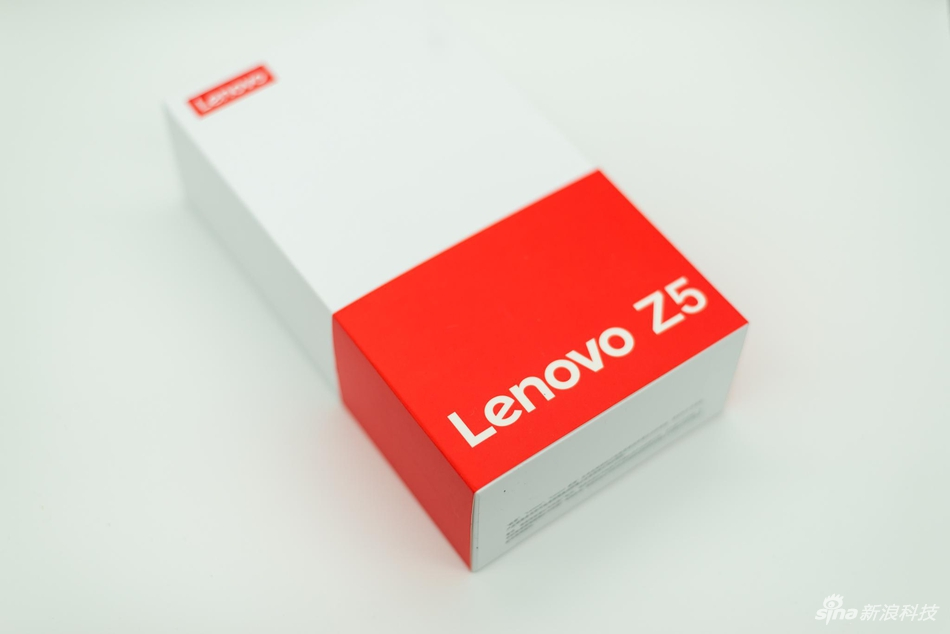 联想Z5开箱图赏:屏占比不低 跑分不高的照片 - 1