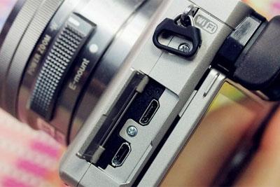 操控便携两不少 4000元内家用微单相机推荐