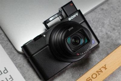 大底CMOS便携相机 索尼黑卡RX100 VII评测