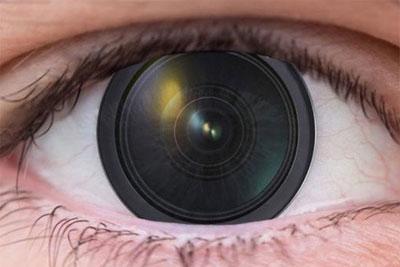 科学家制造出能变焦的隐形眼镜镜头