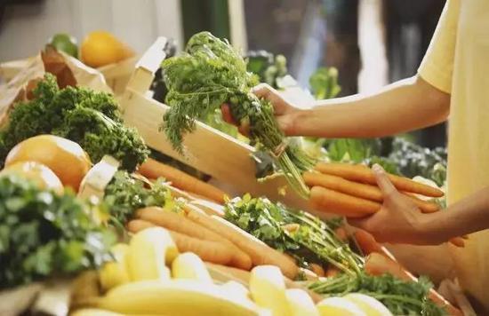 美团饿了么在线买菜盈利难 巨头渴求流量