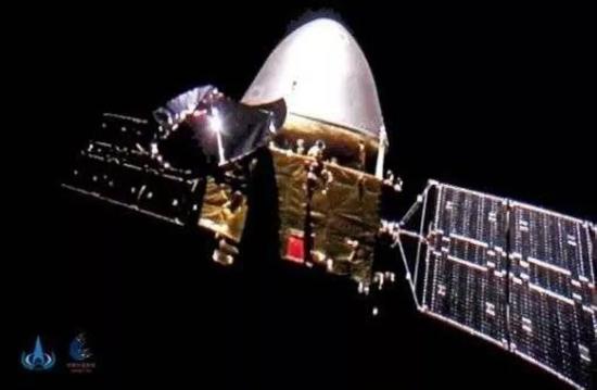 天问一号在深空中发回的中国最远自拍图片来源:国家航天局