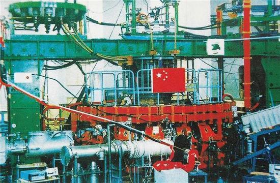 中国环流器一号。