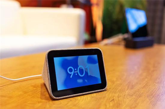 联想智能闹钟将于6月2日发布 支持谷歌助手 但没有一个功能