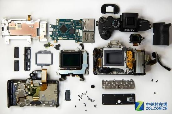 如今的相机,传感器占据了最大的技术比重