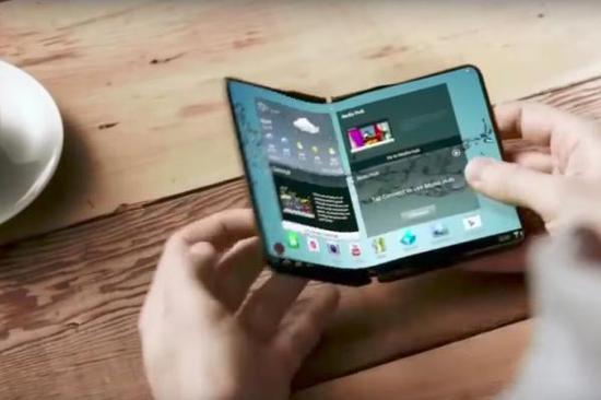 三星或明年推可折叠屏幕手机:打开尺寸与小平板相当