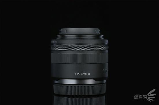 佳能RF 35mm f/1.8 MACRO右侧面
