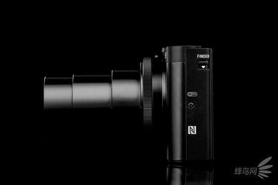 索尼HX99 720mm端形式