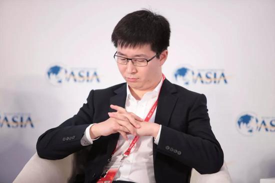 2017年3月26日,ofo共享单车创首人兼 CEO 戴威在博鳌亚洲论坛年会上