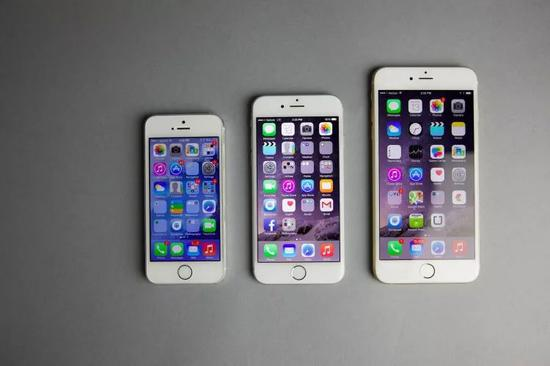 从左至右iPhone 5s、iPhone 6、iPhone 6 Plus(图片来自TechJunkie)
