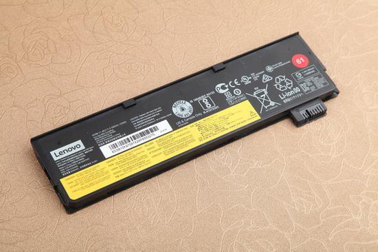罕见的可拆卸电池设计,3芯24Wh长续航