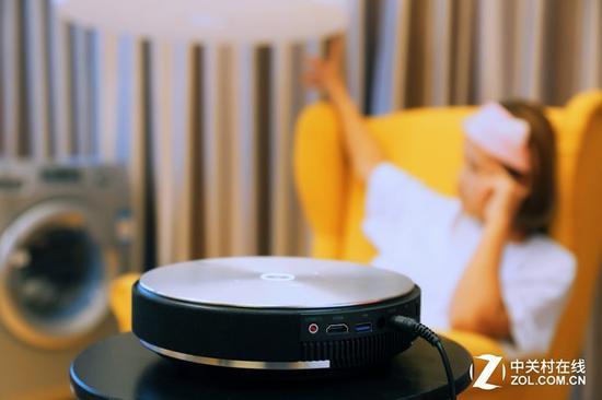 销量增长102% 智能投影正取代传统电视?