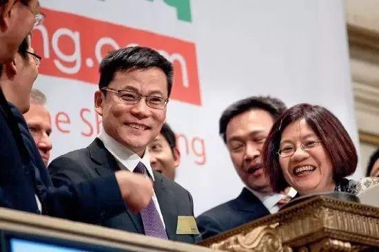 图:2010年当当网在美国上市时的李国庆与俞渝