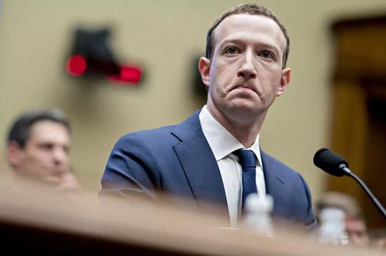 马克·扎克伯格出席美国会众议院能源和商务委员会听证会 图片来源:视觉?#27844;? data-mcesrc=
