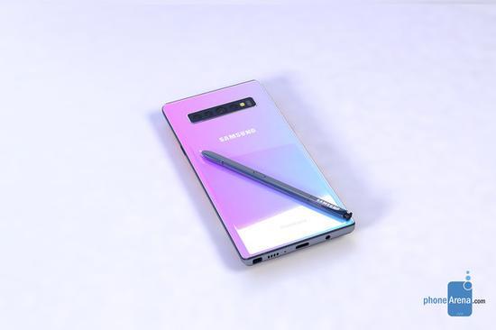 三星Note10高清渲染图(图源Phone Arena)