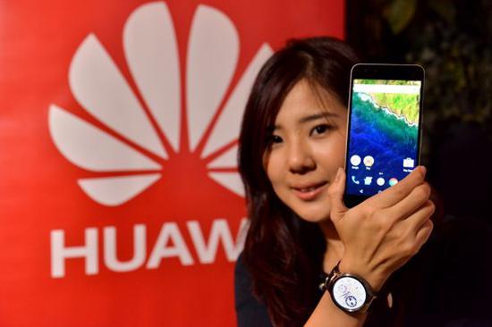 为支持华为,马来西亚各大电子产品商店发起大型活动