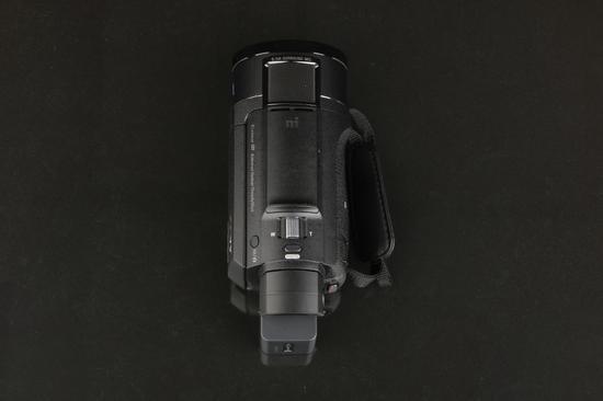 索尼4K摄像机AX60机身顶部
