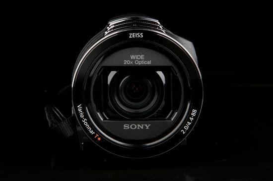 索尼4K摄像机AX60机身正面