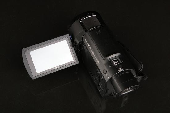 索尼4K摄像机AX60显示屏