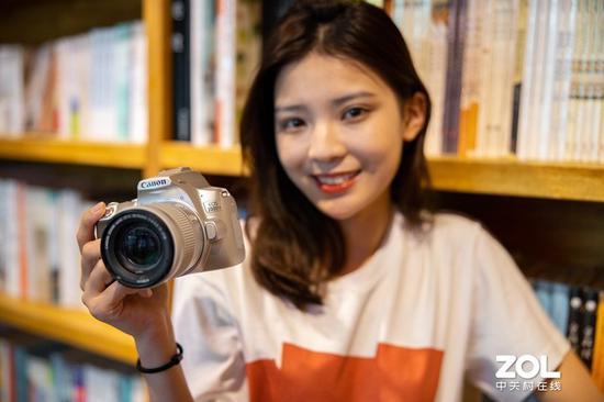 日系品牌APS-C畫幅的相機價格非常親民