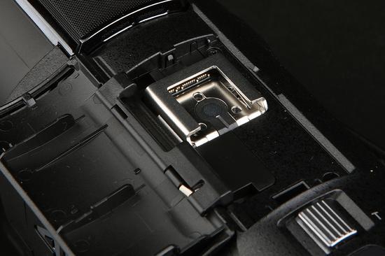 索尼4K摄像机AX60 Mi多接口热靴
