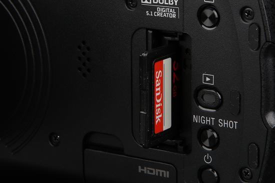 索尼4K摄像机AX60存储卡槽