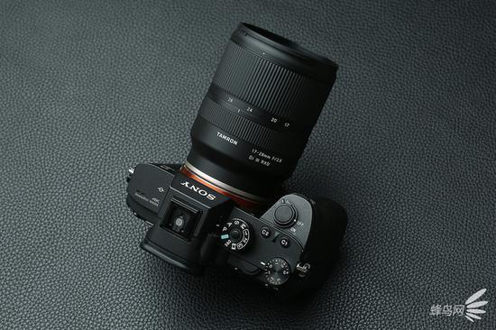 腾龙17-28mmf/2.8DiIIIRXD搭配索尼Alpha7RIII