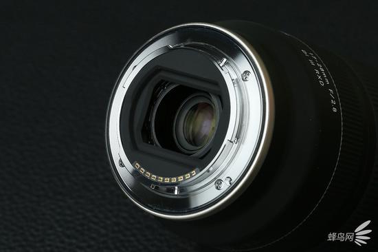 腾龙17-28mmf/2.8DiIIIRXD镜头卡口