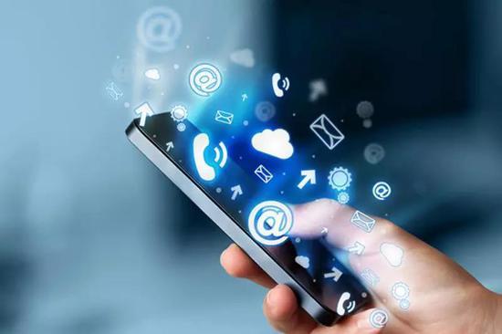 现代人,离开了手机就不能活。/ www.bgcconejo.org